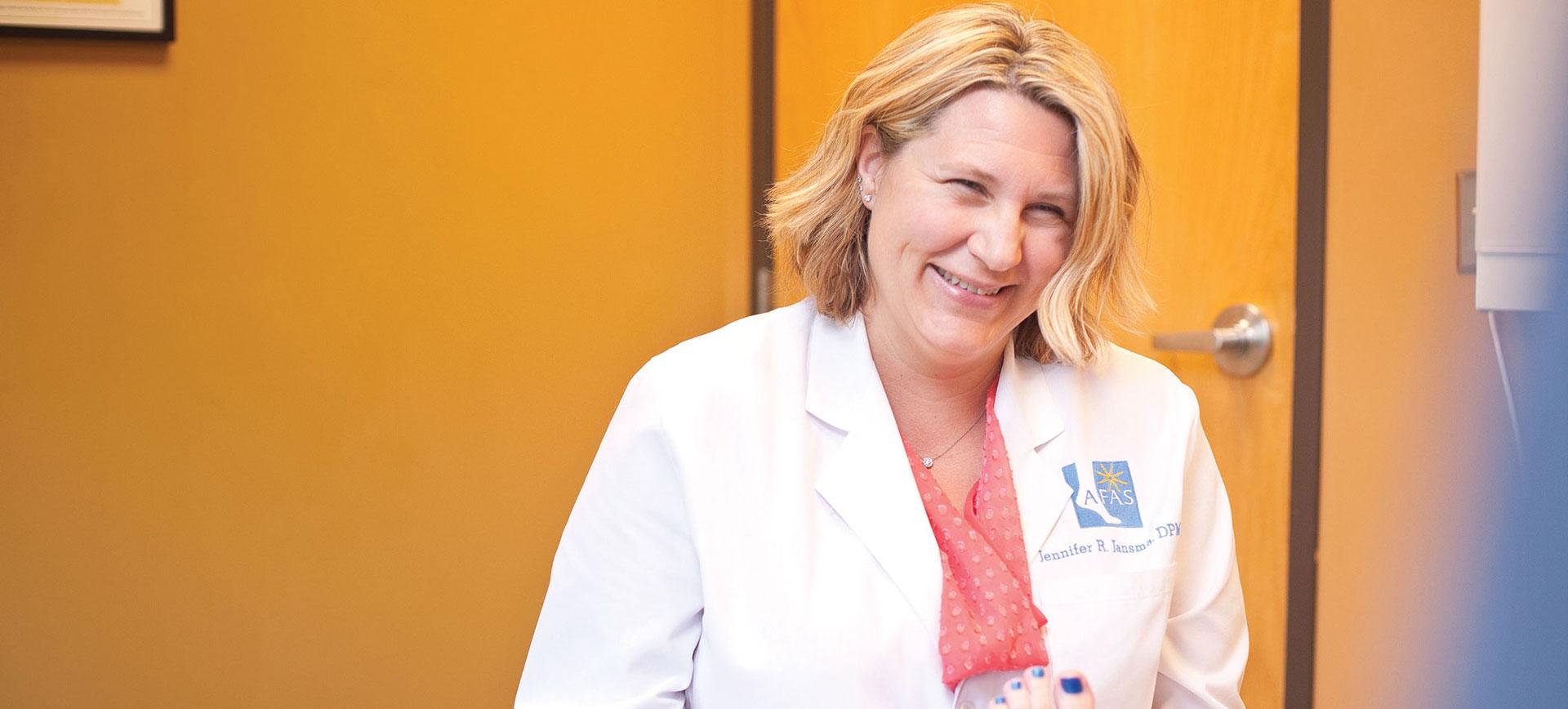 Dr. Jennifer Jansma